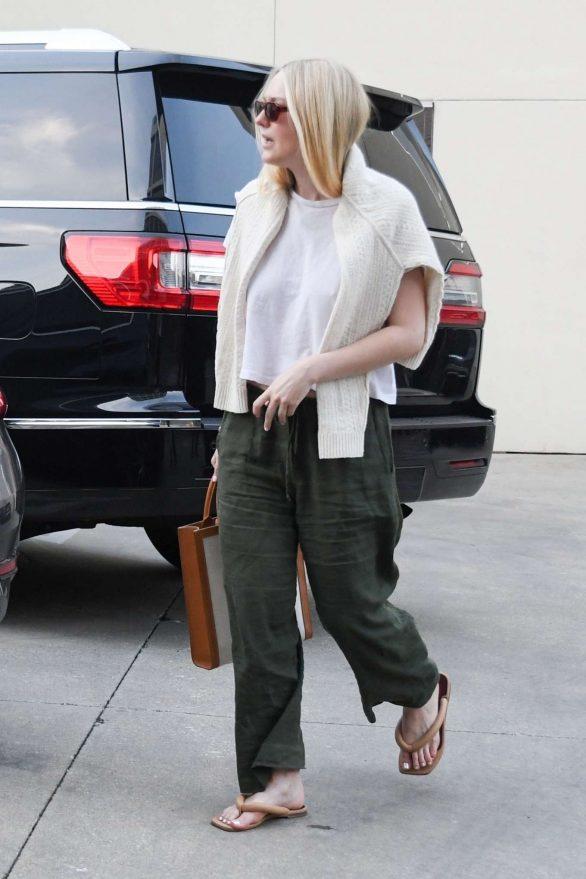 Dakota Fanning - Shopping in Beverly Hills