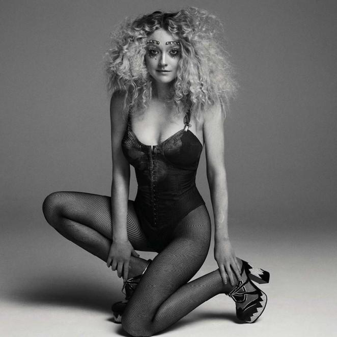 Dakota Fanning – V Magazine #100 (Spring 2016)