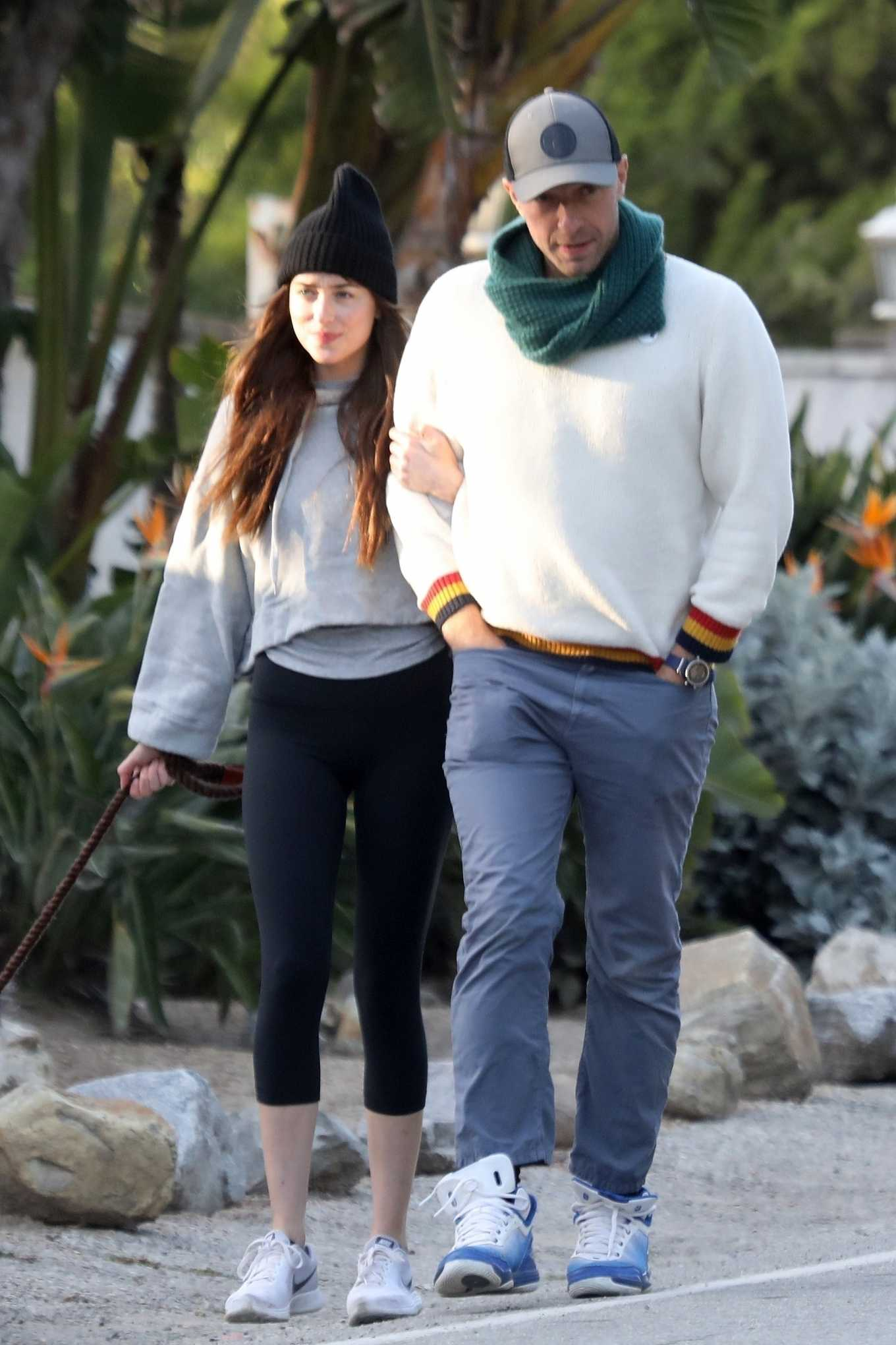 Dakota Johnson 2020 : Dakota Johnson and Chris Martin – step out in Malibu-02