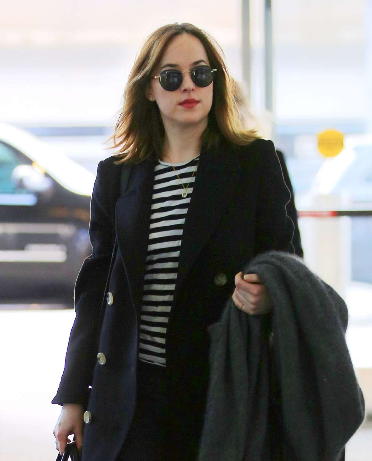 Dakota Johnson 2016 : Dakota Johnson: Arriving at JFK Airport -04