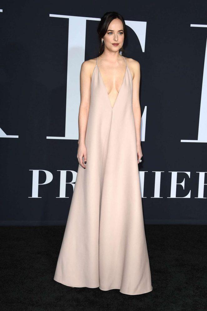 Dakota Johnson Shows Up Braless To Fifty Shades Darker