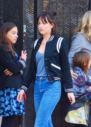 Dakota Johnson in Jeans Filming 'How To Be Single' in New York