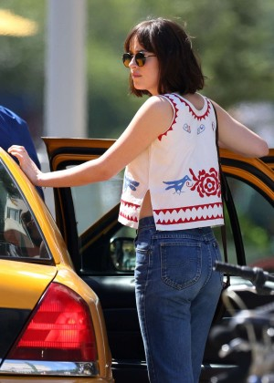 Dakota Johnson in Jeans on 'How To Be Single' in NY