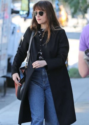 Dakota Johnson - Heads for a lunch meeting in Los Angeles