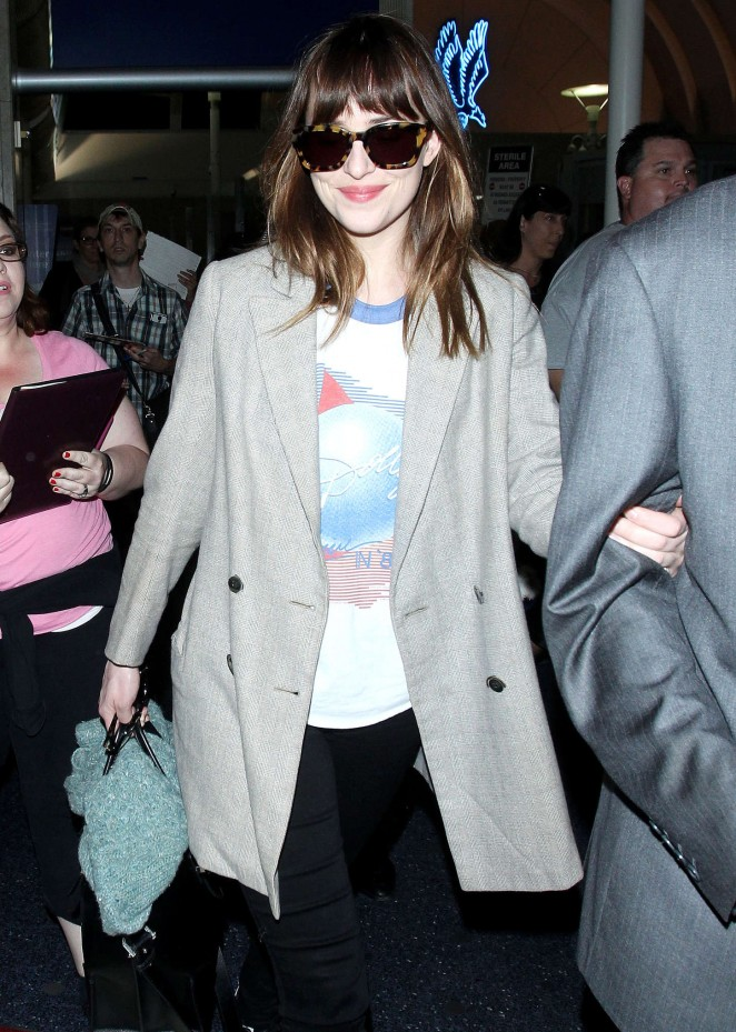 Dakota Johnson: LAX Airport -12