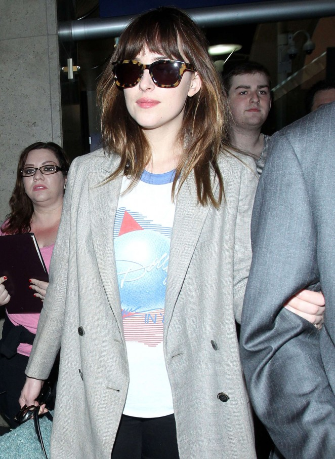 Dakota Johnson: LAX Airport -20