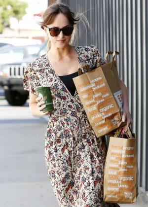 Dakota Johnson - Leaving a Venice Beach grocery store in LA