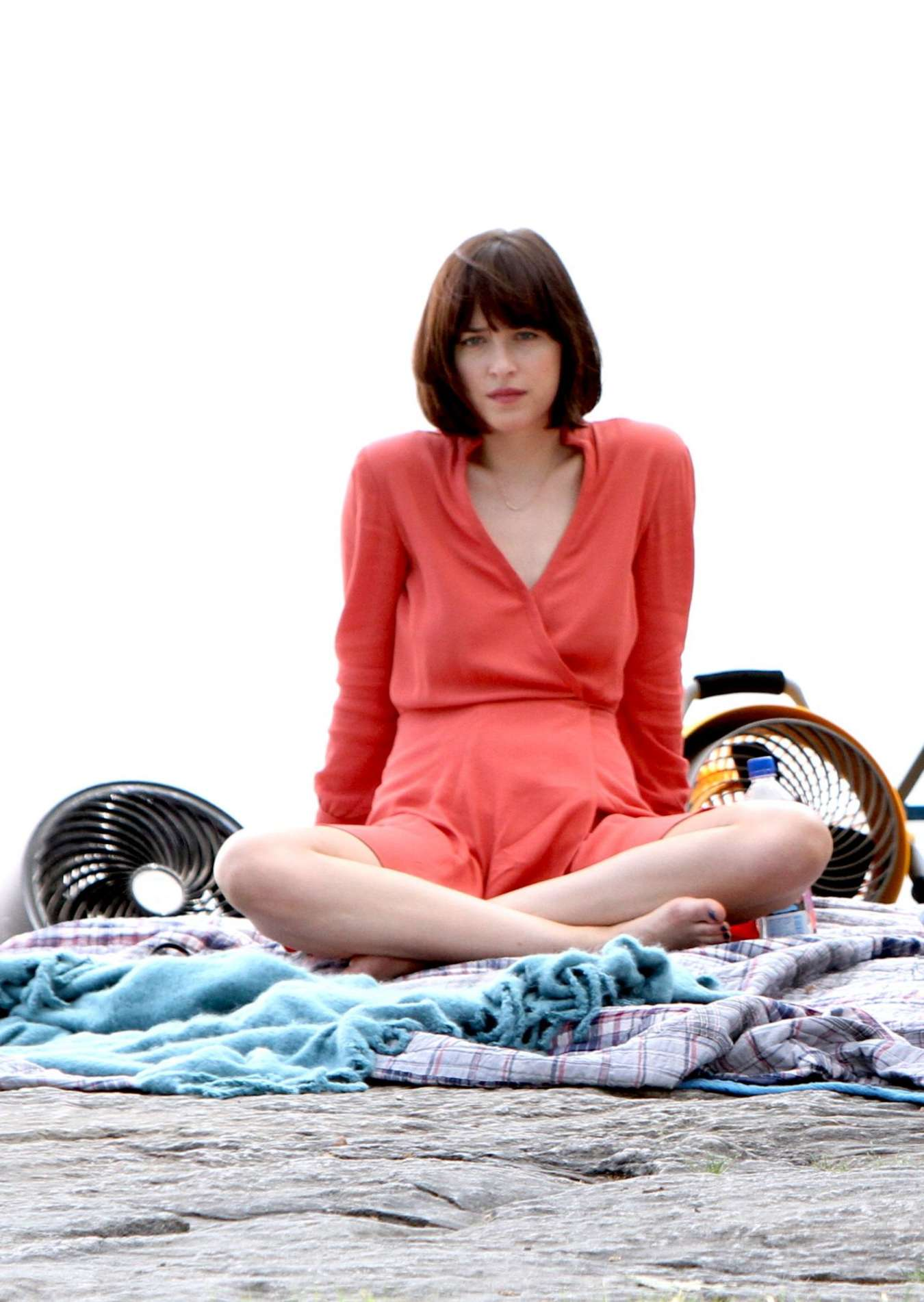 Dakota Johnson In Red Dress On How To Be Single Set 12 Full Size