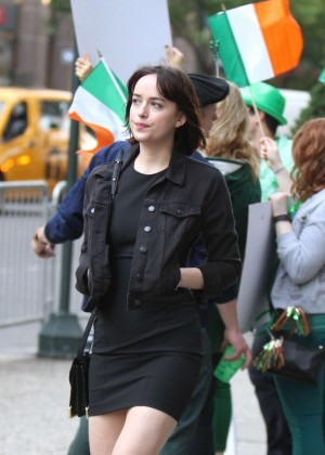 Dakota Johnson in Tight Mini Dress On The Set Of 'How To Be Single' in NYC