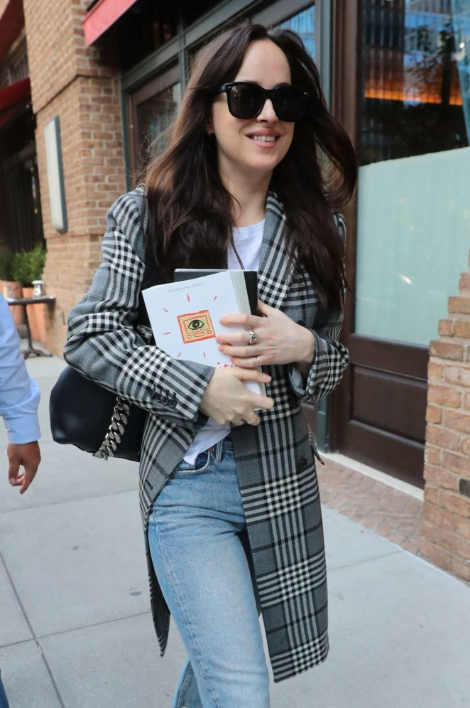 Dakota Johnson - Out for a stroll in NYC