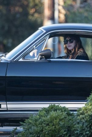 Dakota Johnson - Seen in her Mustang GT 350 in Malibu