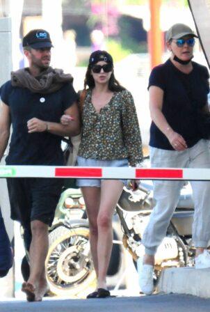 Dakota Johnson - Seen with Chris Martin on holiday in Palma De Mallorca