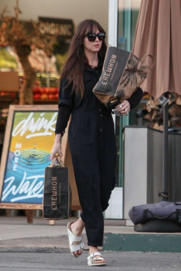 Dakota Johnson - Shopping at Erewhon Market in Los Angeles