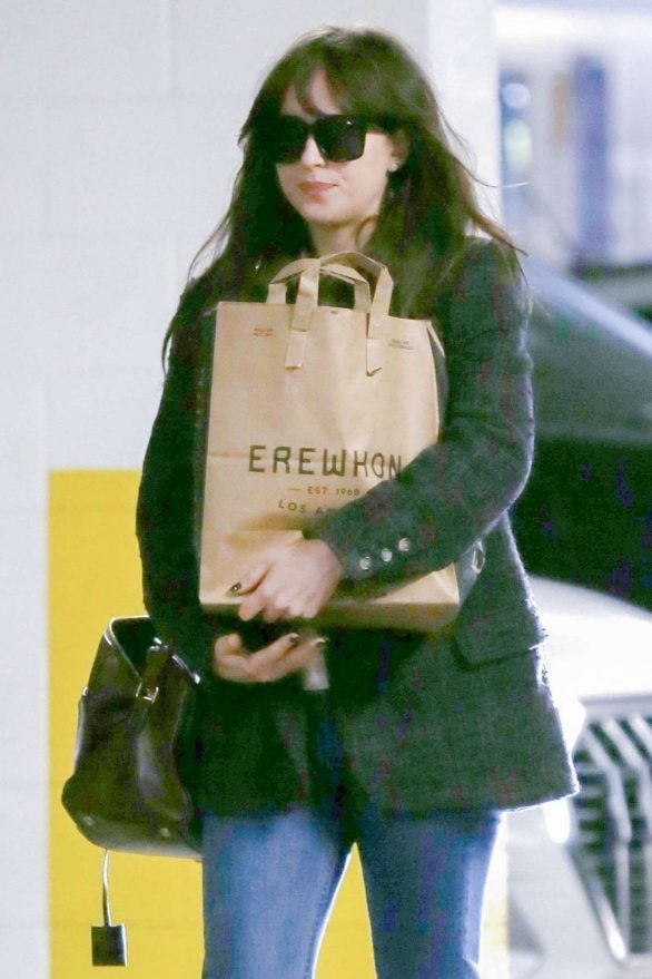 Dakota Johnson - Shopping in Los Angeles