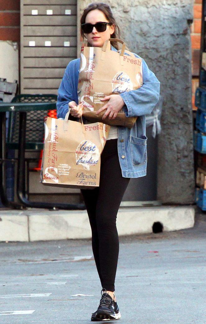 Dakota Johnson - Shopping in Los Angeles