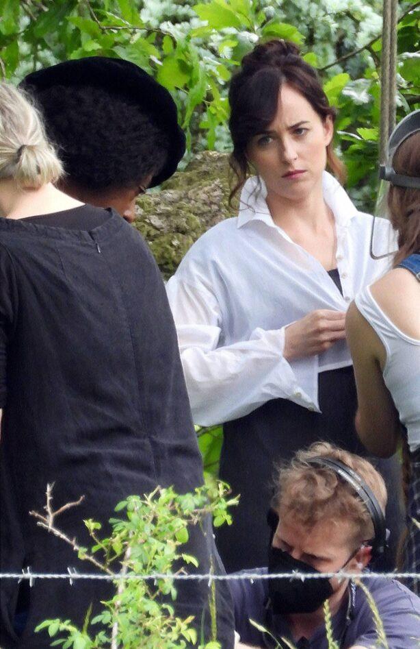 Dakota Johnson - With Nikki Amuka-Bird on 'Persuasion' set in Salisbury