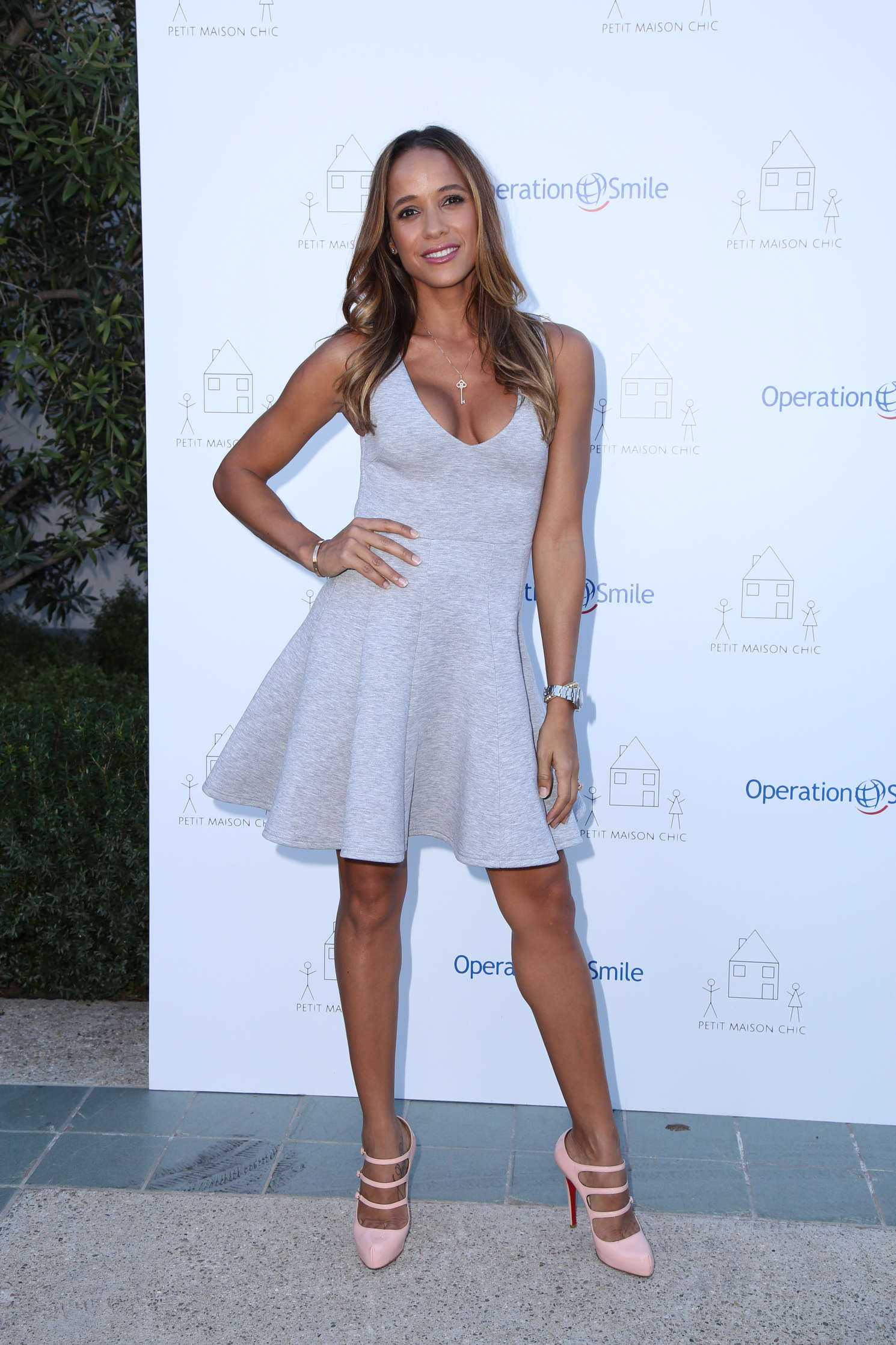 Dania ramirez petit maison chic fashion show 2015 03 for Fashion maison