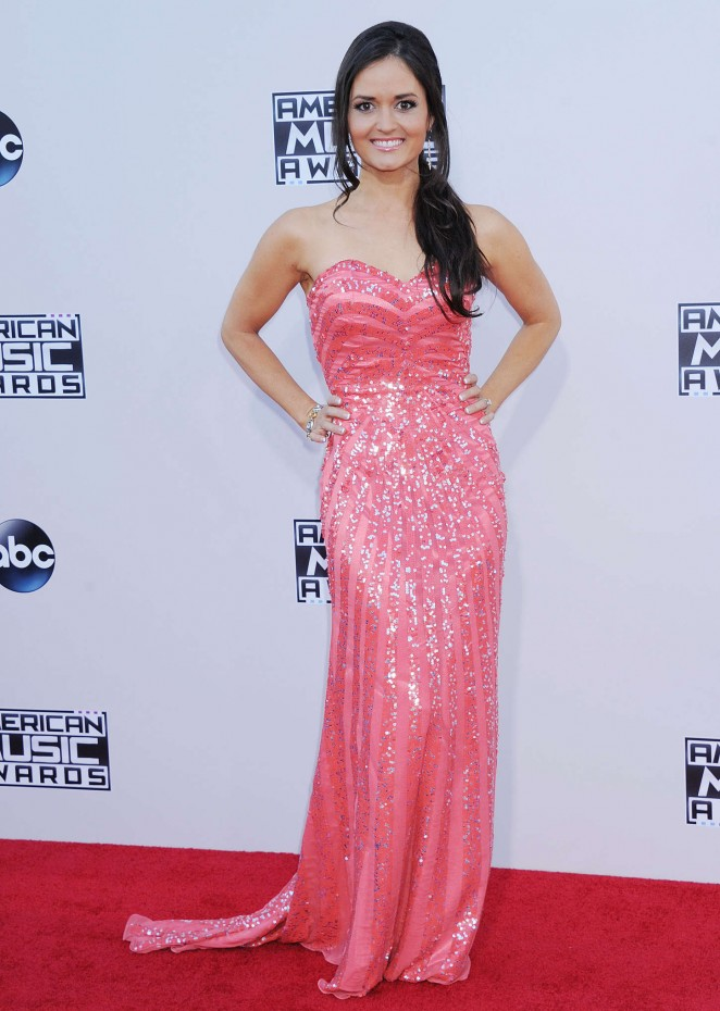 Danica McKellar: 2015 American Music Awards -01