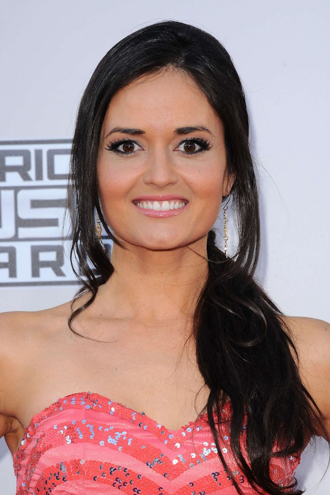 Danica McKellar: 2015 American Music Awards -06