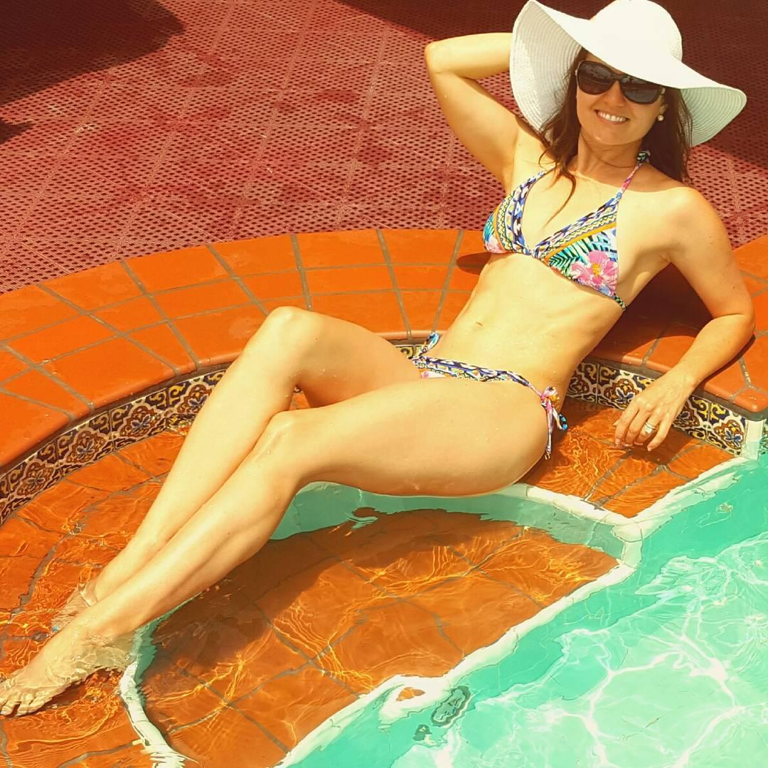 image Rihanna bikini in barbados 2013