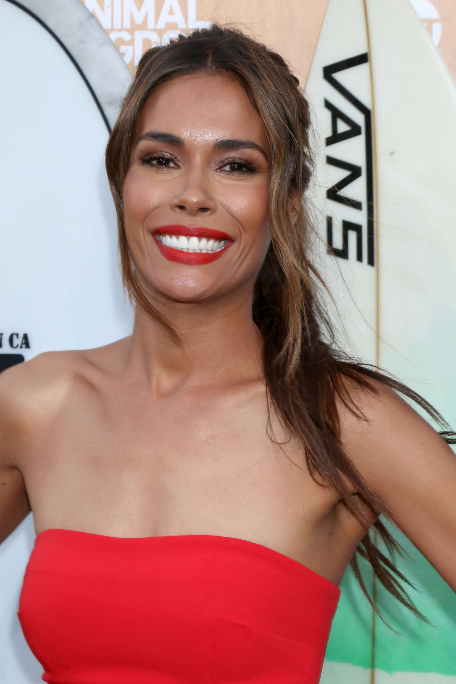 Watch Daniella Alonso video