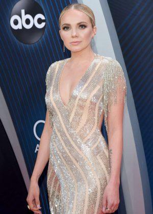 Danielle Bradbery - 2018 CMA Awards in Nashville