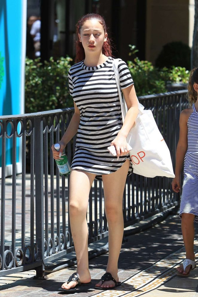 Danielle Bregoli 2017 : Danielle Bregoli: Shopping at the Grove -04