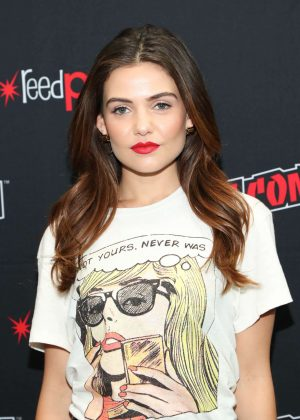 Danielle Campbell - 'Tell Me a Story' Promoting at 2018 New York Comic Con