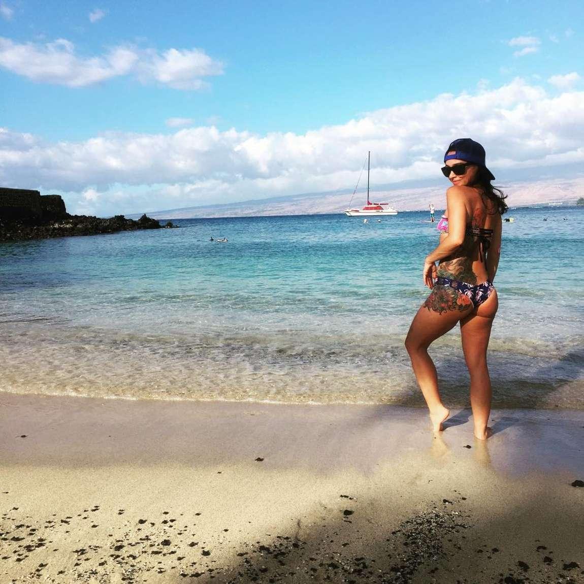 Water park bikini booty 15
