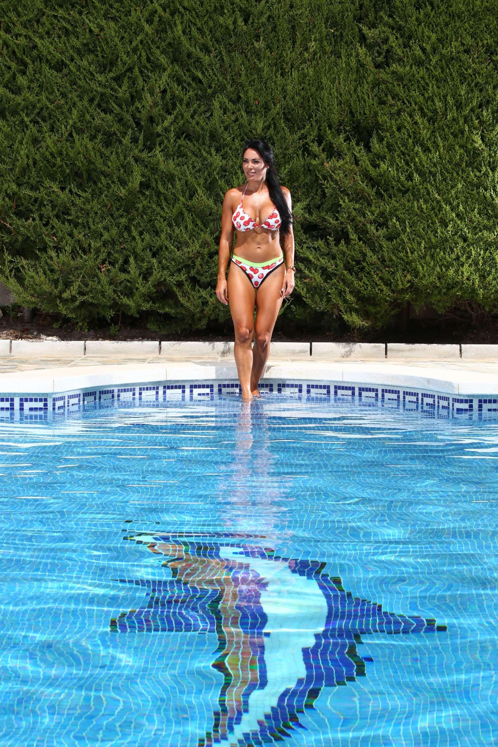 Bikini Danni Levy nude photos 2019