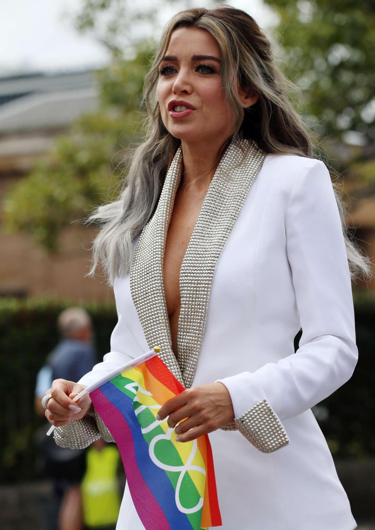 Dannii Minogue – Gay... Nicole Scherzinger Boyfriend 2018