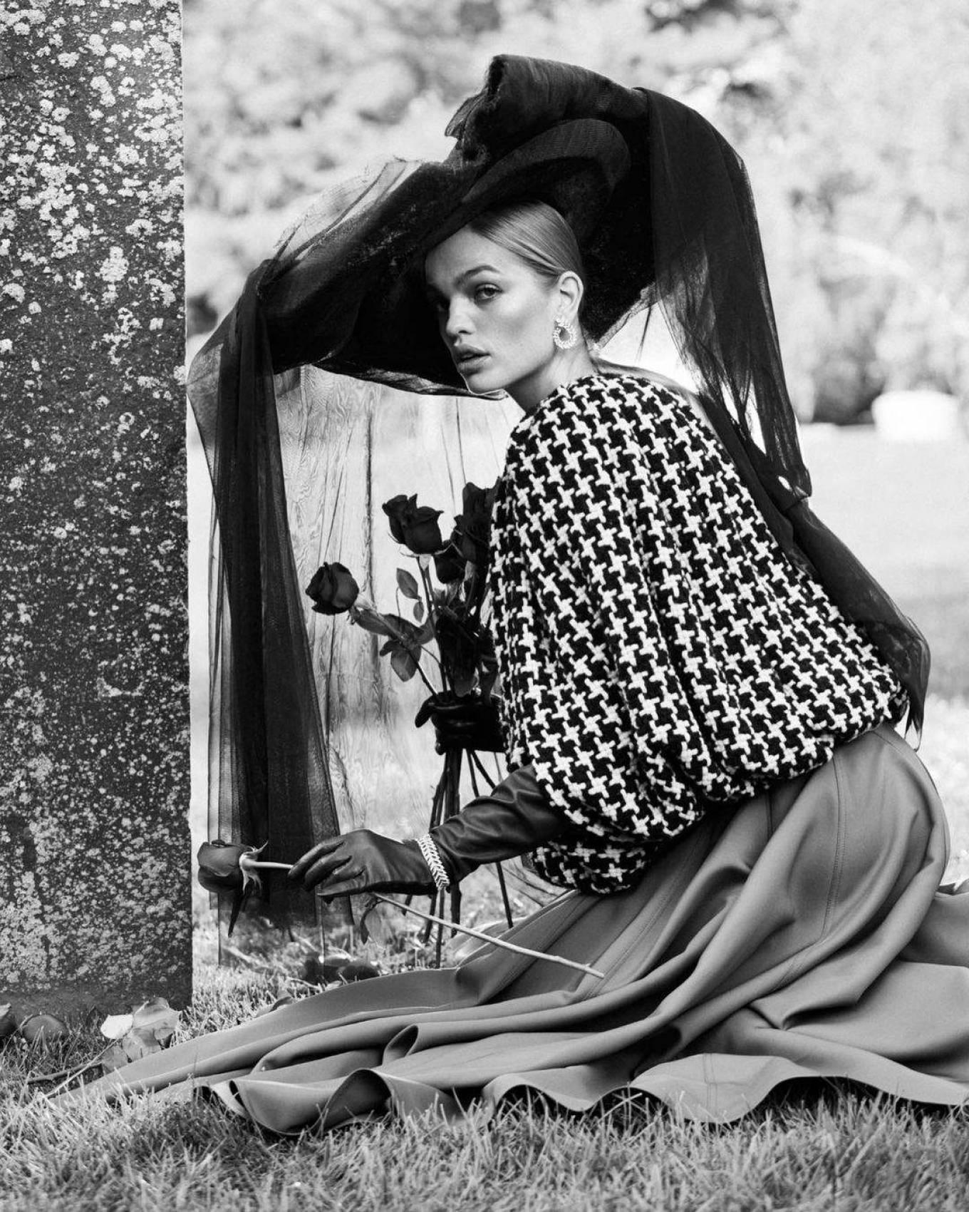 Daphne Groeneveld 2020 : Daphne Groeneveld – Harpers Bazaar (Russia – November 2020)-05