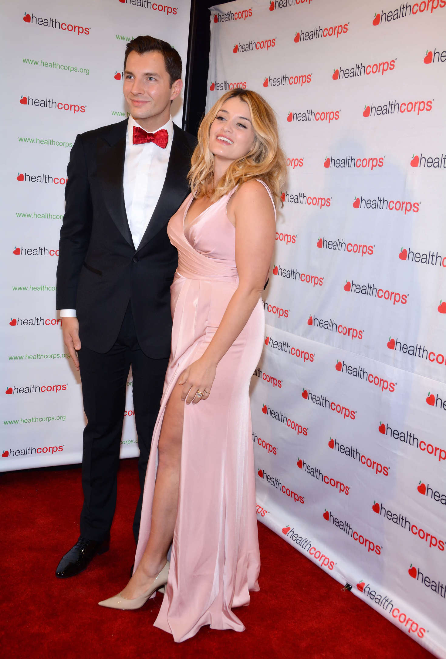 Pregnant DAPHNE OZ at Take Home a Nude Annual Auction and