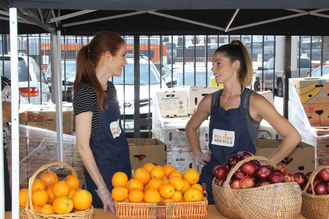 Darby Stanchfield and Ashley Greene: Feeding America Put The Heat On Hunger -07
