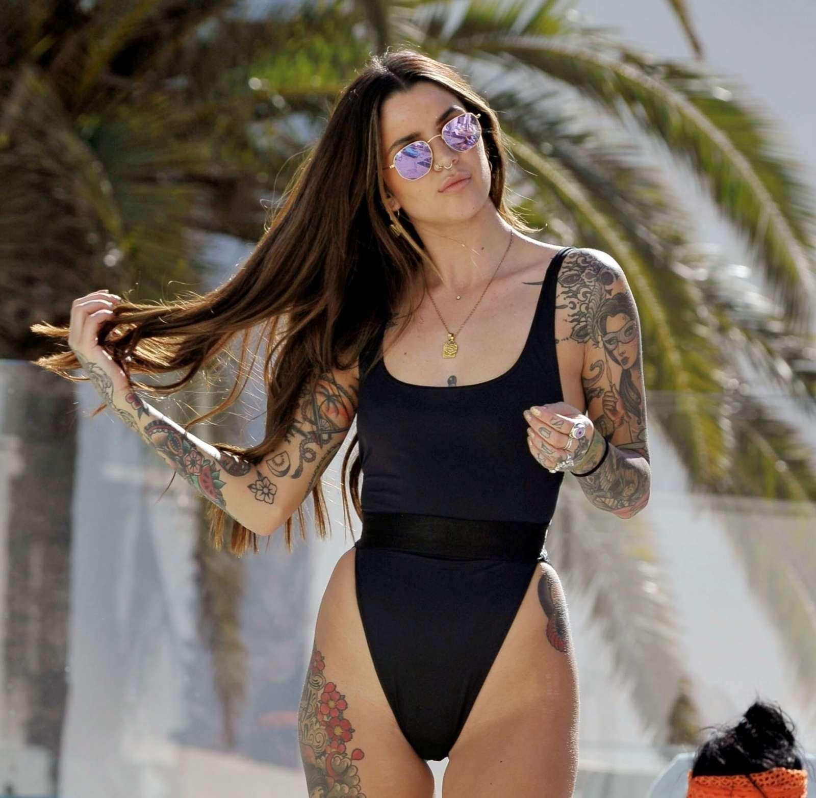 Darylle Sargeant nudes (47 photo), Sexy, Bikini, Boobs, cameltoe 2017