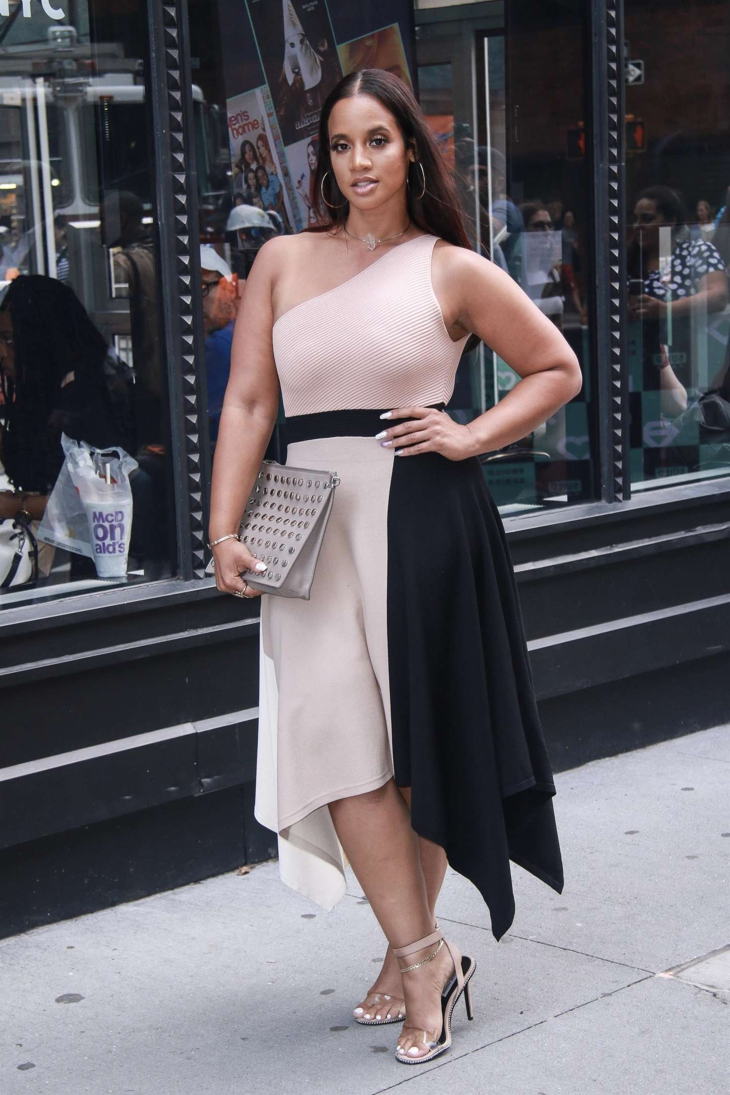 Dascha Polanco 2018 : Dascha Polanco at AOL Build Series -05