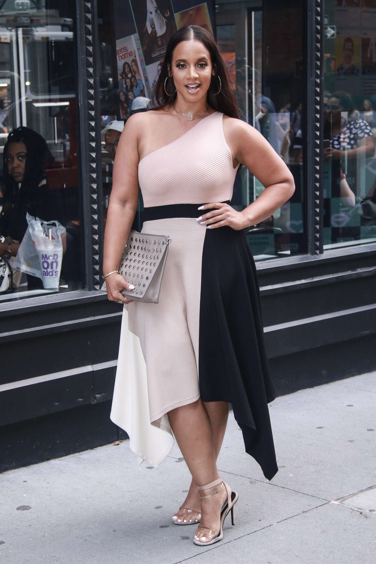 Dascha Polanco 2018 : Dascha Polanco at AOL Build Series -09