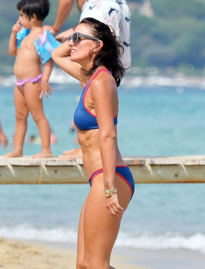 Davina Mccall - Wearing Bikini On The Beach In St Tropez