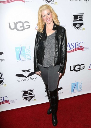 Dawn Ashley Cook - Luc Robitaille Celebrity Shootout 2016 in Los Angeles