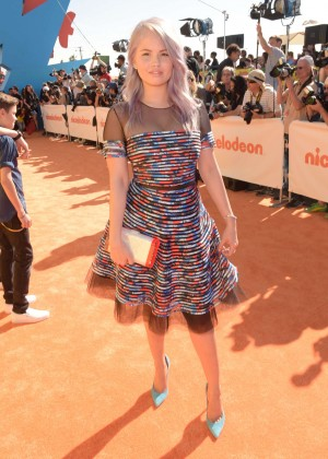 Debby Ryan: 2015 Nickelodeon Kids Choice Awards -09
