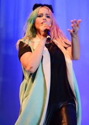 Debby Ryan - Performs at the Fillmore in Miami Beach