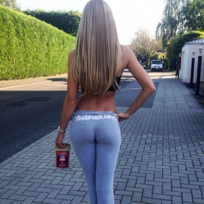 Deborah - Hottest Pics (deborah_tmz)