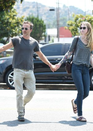 Deborah Kaplan and Breckin Meyer out for lunch in Los Angeles