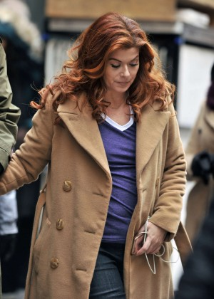 Debra Messing on the set of 'The Mysteries of Laura' in Brooklyn