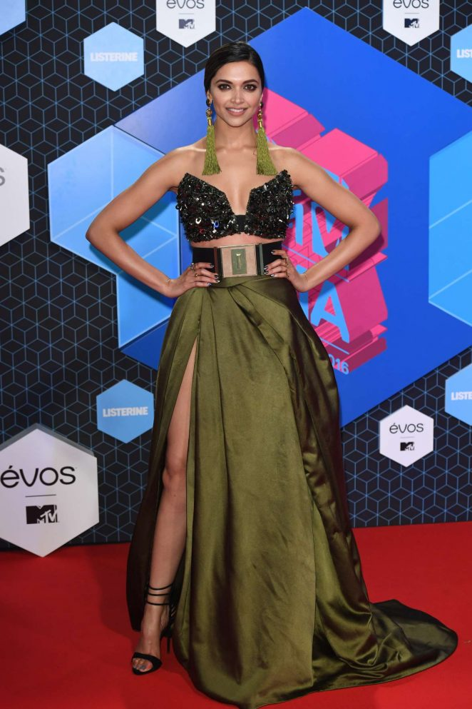 Deepika Padukone - 2016 MTV Europe Music Awards in Rotterdam