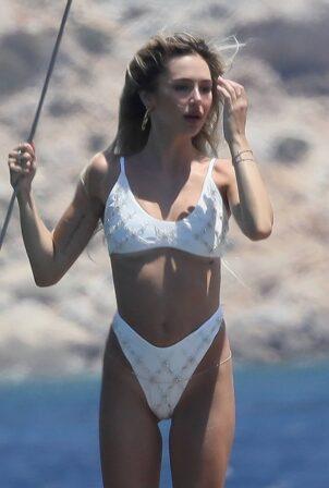 Delilah Belle Hamlin - In a white bikini in Mykonos