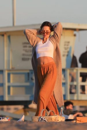 Delilah Belle Hamlin - Valentine's Day sunset dinner on the beach in Santa Monica