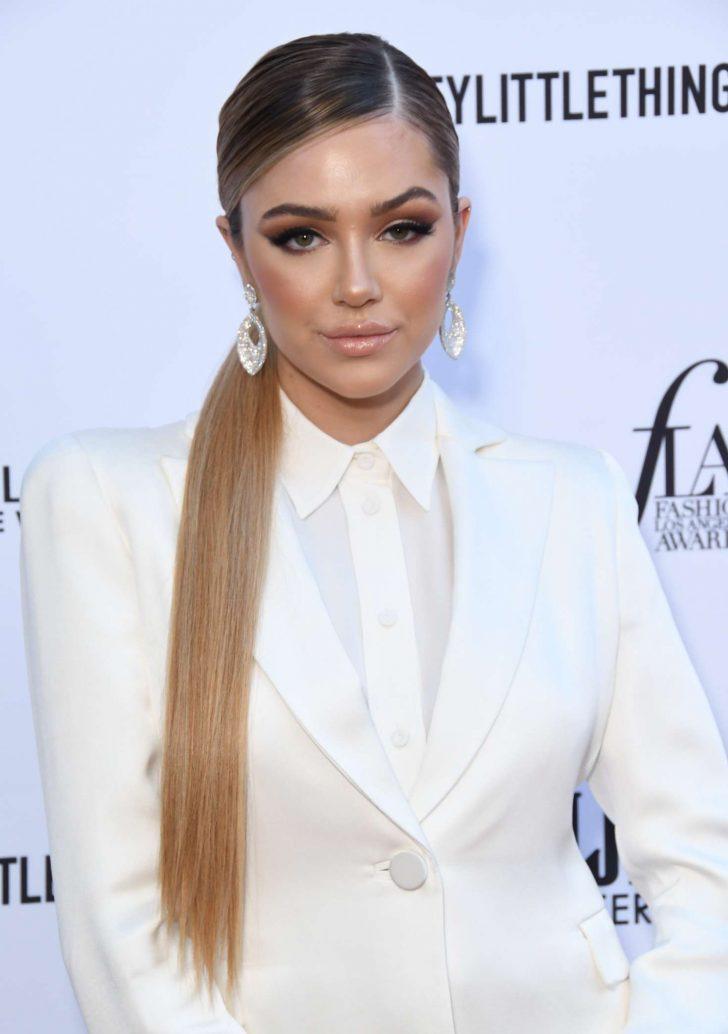 Delilah Hamlin 2019 : Delilah Hamlin: Daily Front Row Fashion Awards 2019 -02