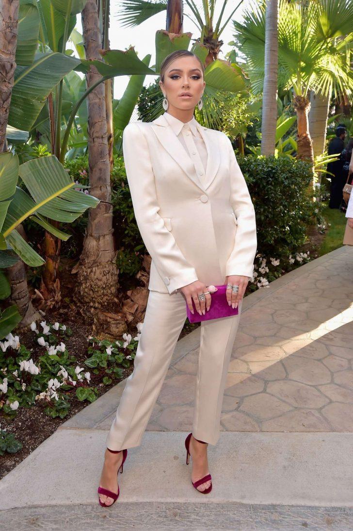 Delilah Hamlin 2019 : Delilah Hamlin: Daily Front Row Fashion Awards 2019 -03