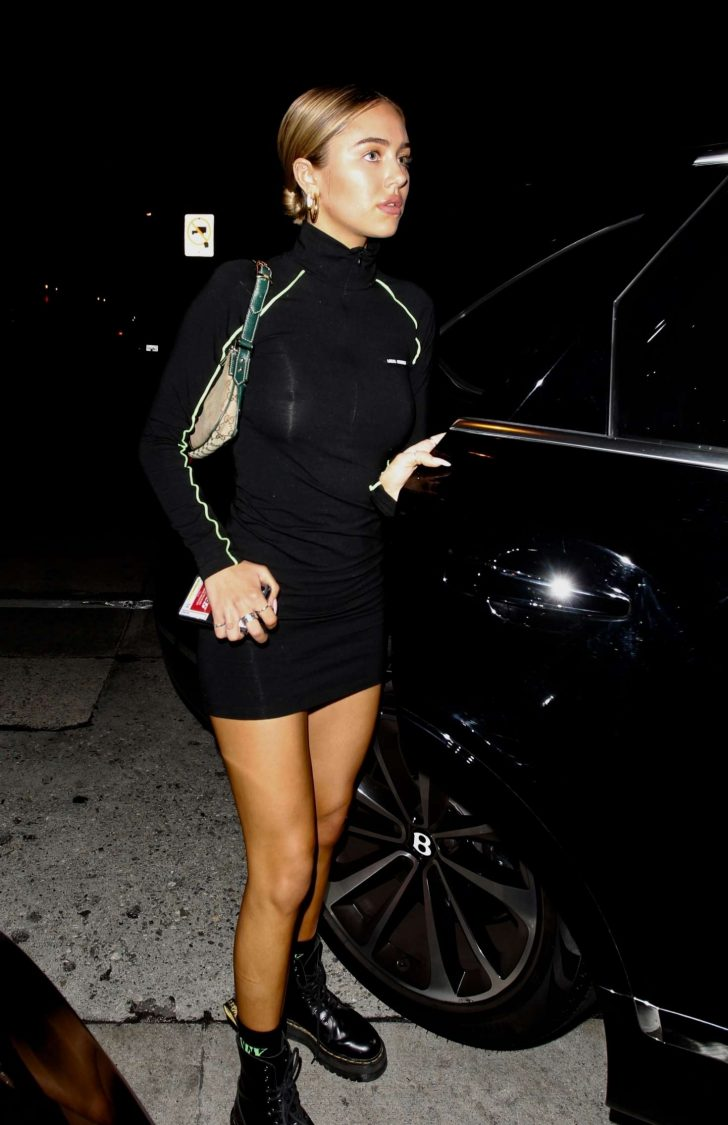 Delilah Hamlin - Leaving Craig's in West Hollywood
